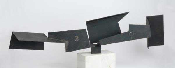 Oteiza - Vacíos en cadena, hierro, 1958 - Exposición en La Pedrera
