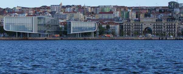 Fundación Botín de Santander - vista desde la Bahía, a la derecha el edificio del Banco Santander