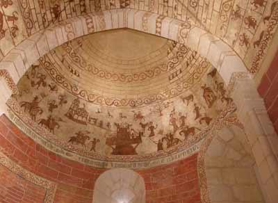Imagen de la cúpula de la Iglesia de Alaitza en Álava