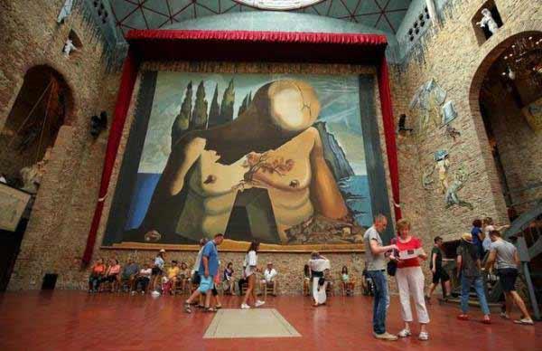 Teatro Museo Dalí en Figueres