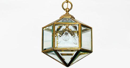 Adolf Loos - Lámpara de techo, 1905-1913. Colección Hummel, Viena. © Gisela Erlacher.
