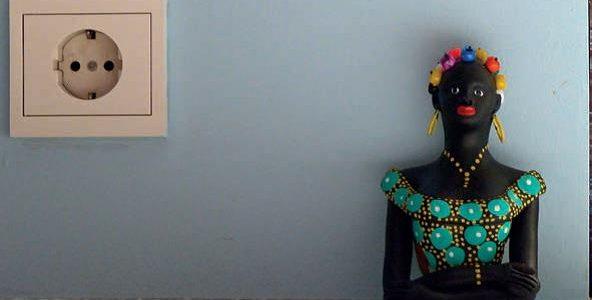 """""""Vida detenida"""". Pedro Almodóvar - Namoradeira 1, 2017, impresión digital sobre dibond, 19,5 x 30 cm, edición de 3 + 2 PA."""