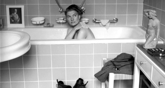 David E. Scherman - Lee Miller se da un baño en la residencia de Múnich de Adolf Hitler, 1945. David E. Scherman (The life picture collection/Getty Images).