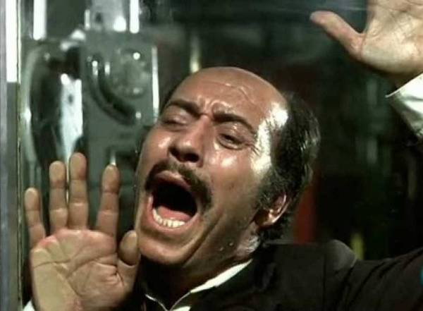 Antonio Mercero - La cabina, 1972, fotograma del mediometraje protagonizado por José Luis López Vázquez y que forma parte de la Historia de España.